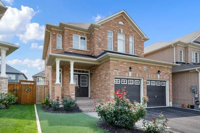 44 Herefordshire Cres, Newmarket, ON L3X 3K8, Canada Photo 2