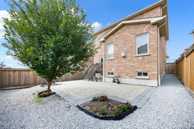 44 Herefordshire Cres, Newmarket, ON L3X 3K8, Canada Photo 32