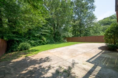 2470 E Tupelo St SE, Atlanta, GA 30317, USA Photo 34