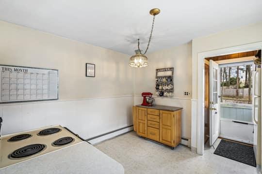 75 Clewley Rd, Medford, MA 02155, US Photo 8