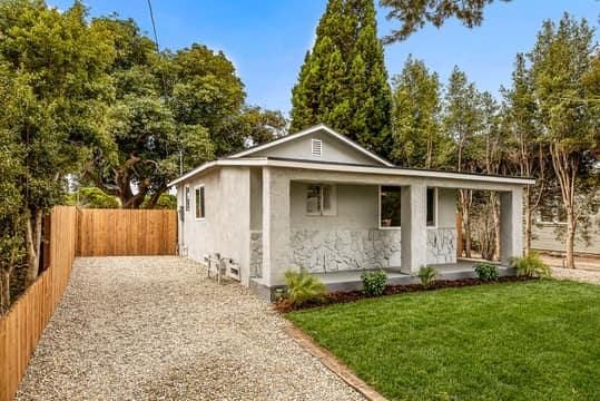 228 W Simpson St, Ventura, CA 93001, USA Photo 4