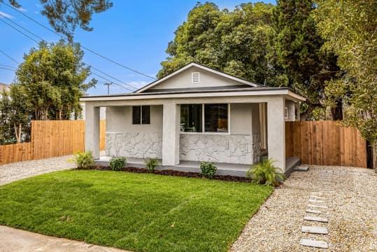 228 W Simpson St, Ventura, CA 93001, USA Photo 2
