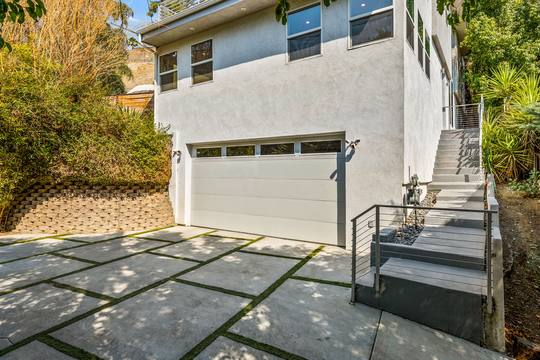 5115 Campo Rd, Woodland Hills, CA 91364, USA Photo 4