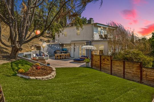 5115 Campo Rd, Woodland Hills, CA 91364, USA Photo 1