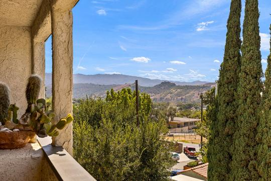 82 Arnaz Dr, Oak View, CA 93022, USA Photo 15