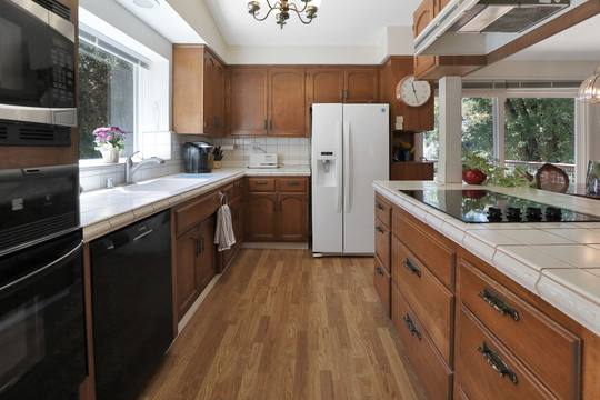 22577 Riva Ridge Rd, Los Gatos, CA 95033, USA Photo 15