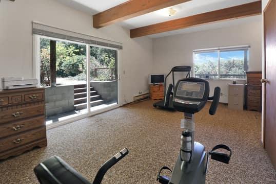 22577 Riva Ridge Rd, Los Gatos, CA 95033, USA Photo 27
