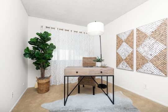 1267 Chalmette Ave, Ventura, CA 93003, USA Photo 14