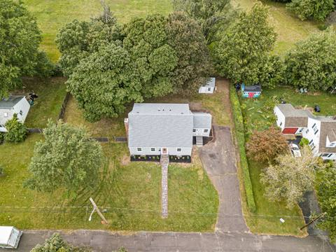 40 Howe St, Quincy, MA 02169, USA Photo 3