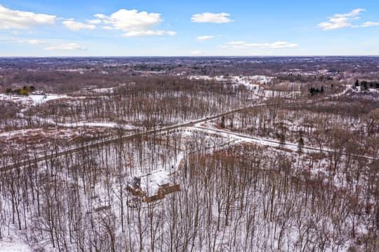 4975 Ridge Creek Ln, Ann Arbor, MI 48105, US Photo 80