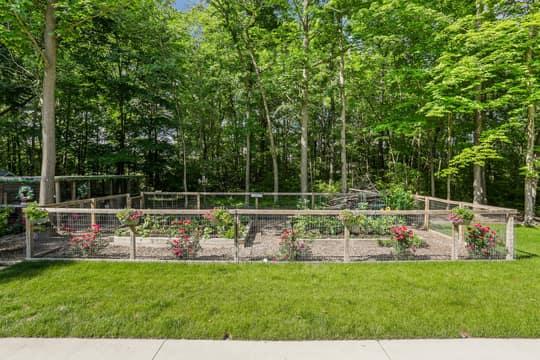 4975 Ridge Creek Ln, Ann Arbor, MI 48105, US Photo 91