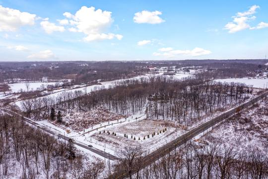 4975 Ridge Creek Ln, Ann Arbor, MI 48105, US Photo 81
