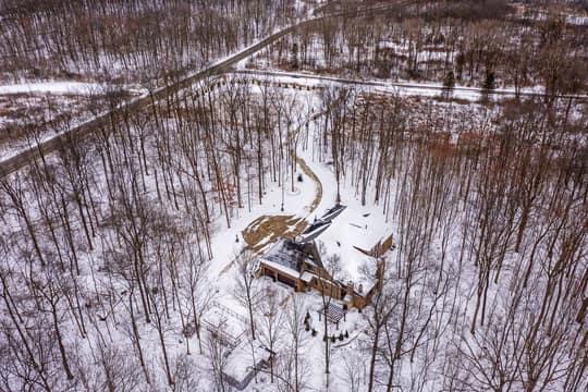 4975 Ridge Creek Ln, Ann Arbor, MI 48105, US Photo 79