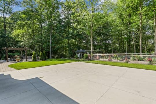 4975 Ridge Creek Ln, Ann Arbor, MI 48105, US Photo 90
