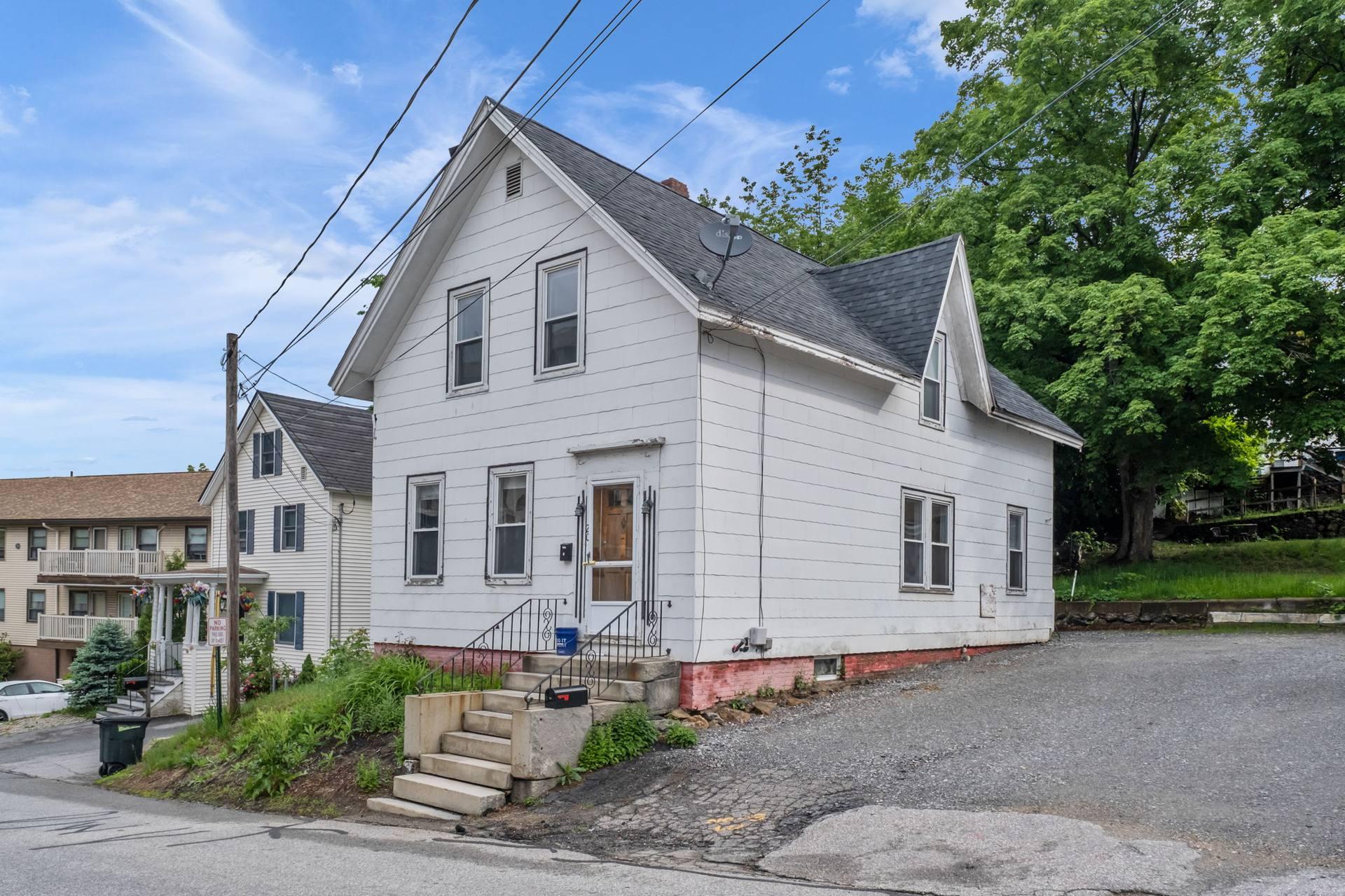 20 Baldwin St, Laconia, NH 03246, US