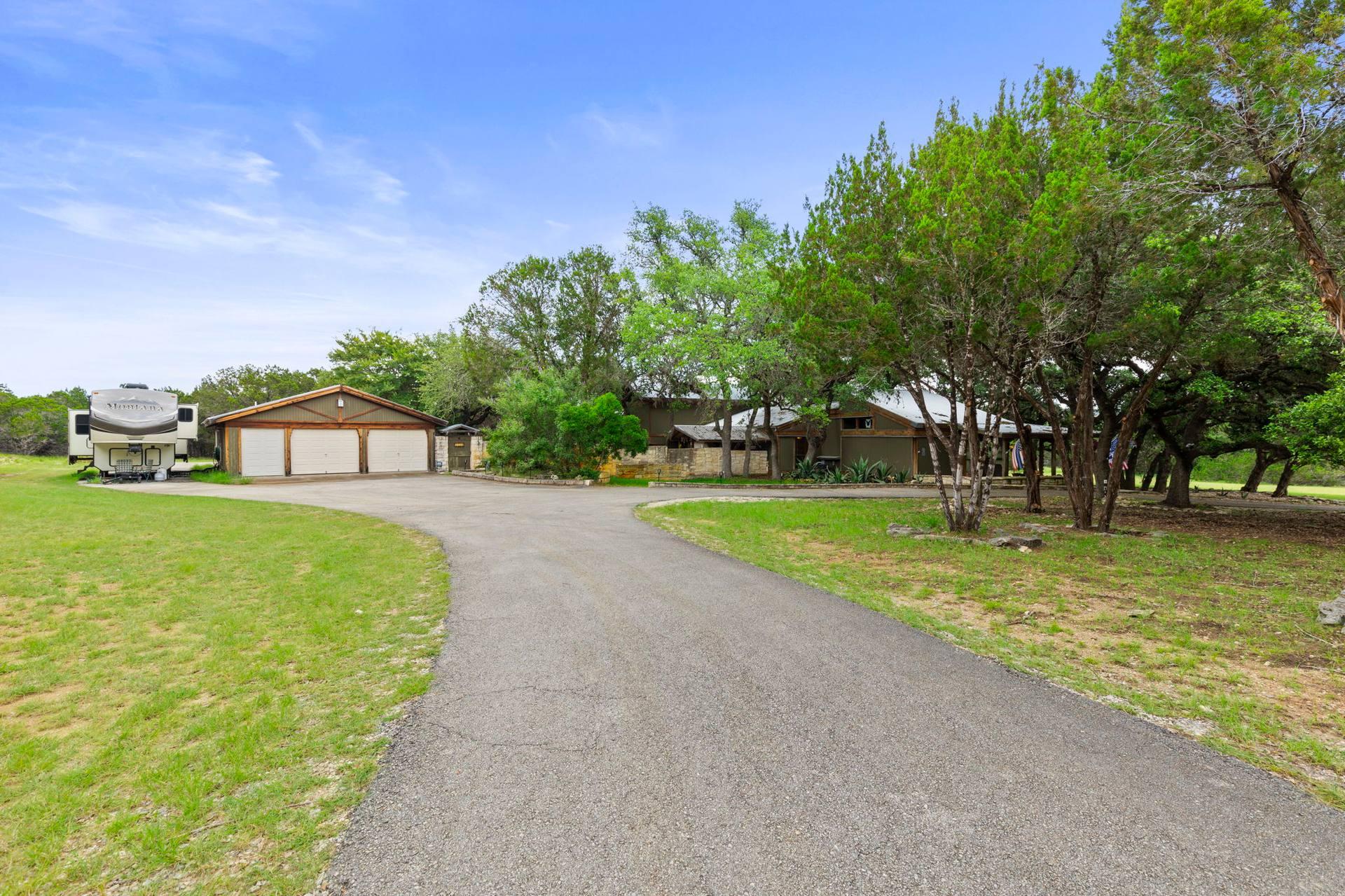 351 Windmill Oaks Dr, Wimberley, TX 78676, USA