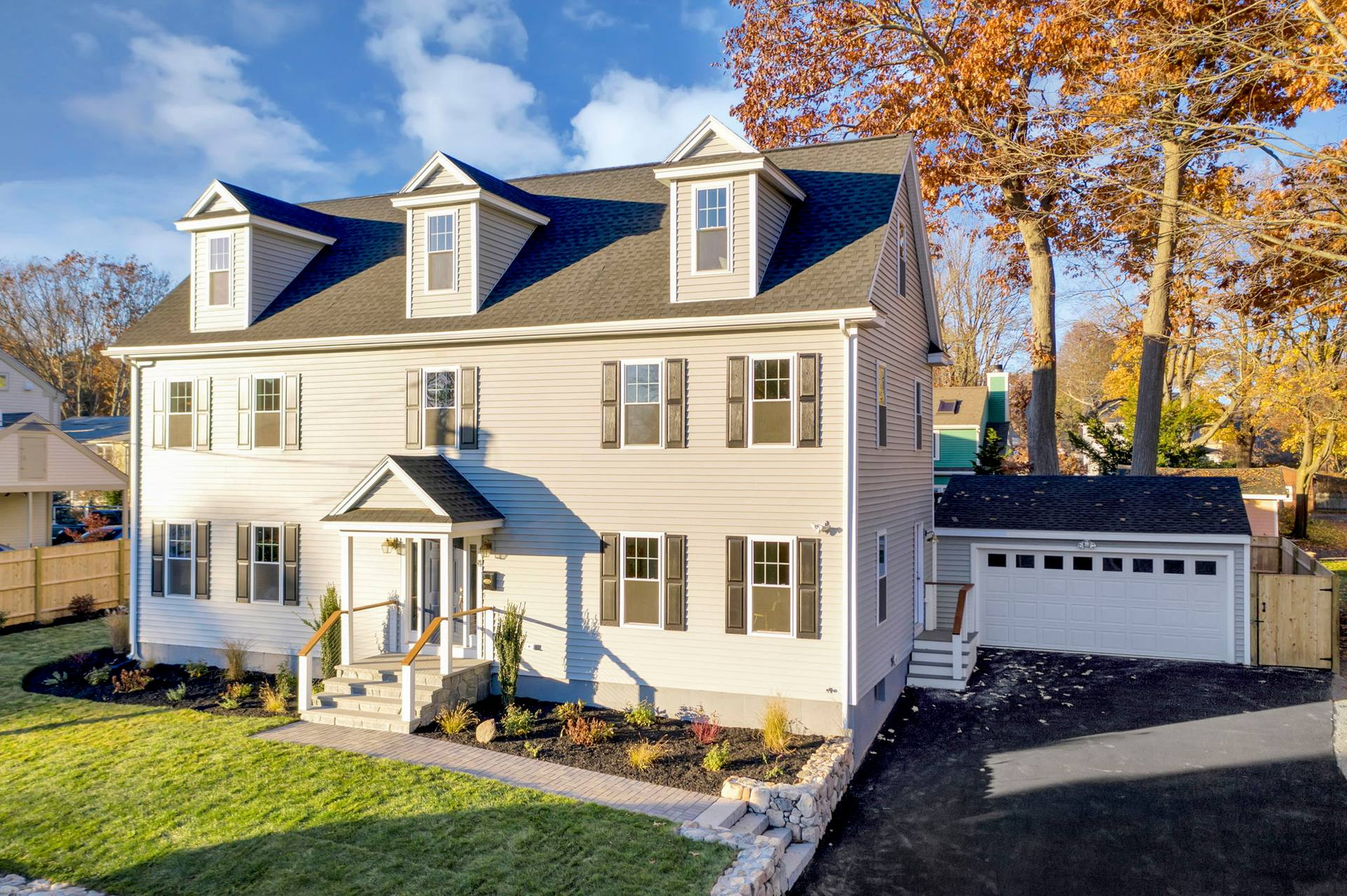 4 Flatley Ave, Manchester-by-the-Sea, MA 01944, US