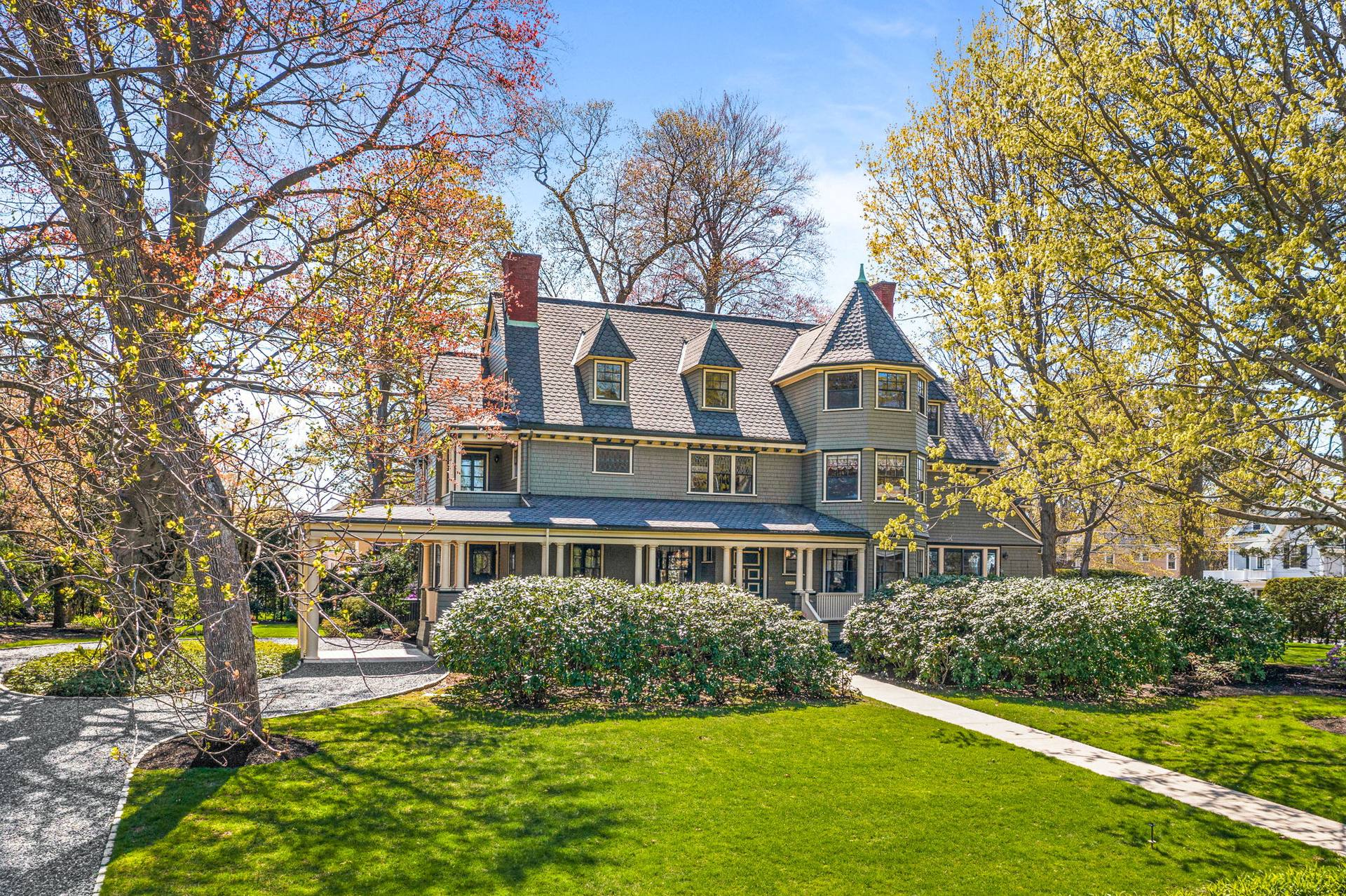 10 Pine St, Winchester, MA 01890, US