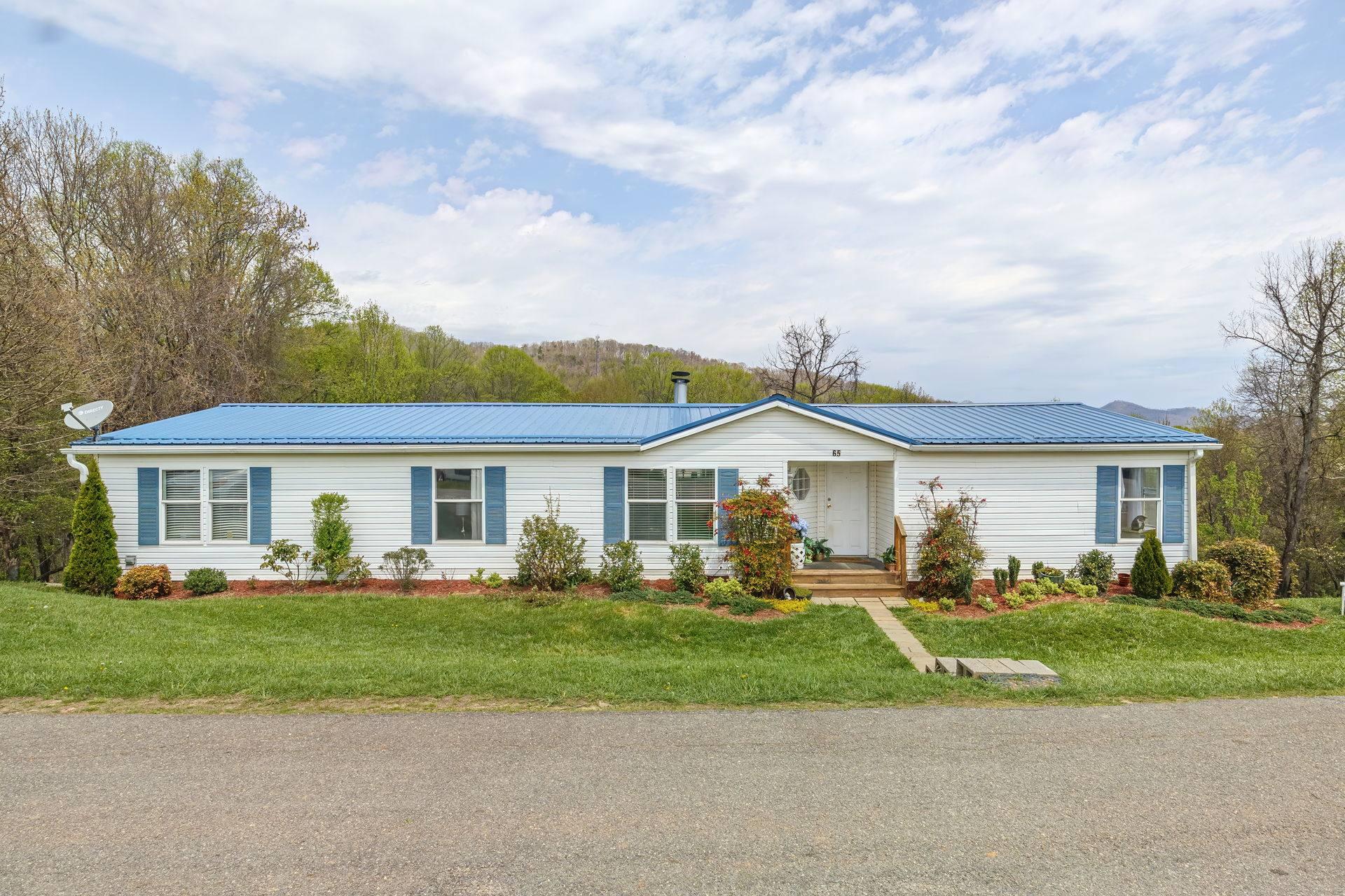 65 Hillcrest Dr, Candler, NC 28715, US