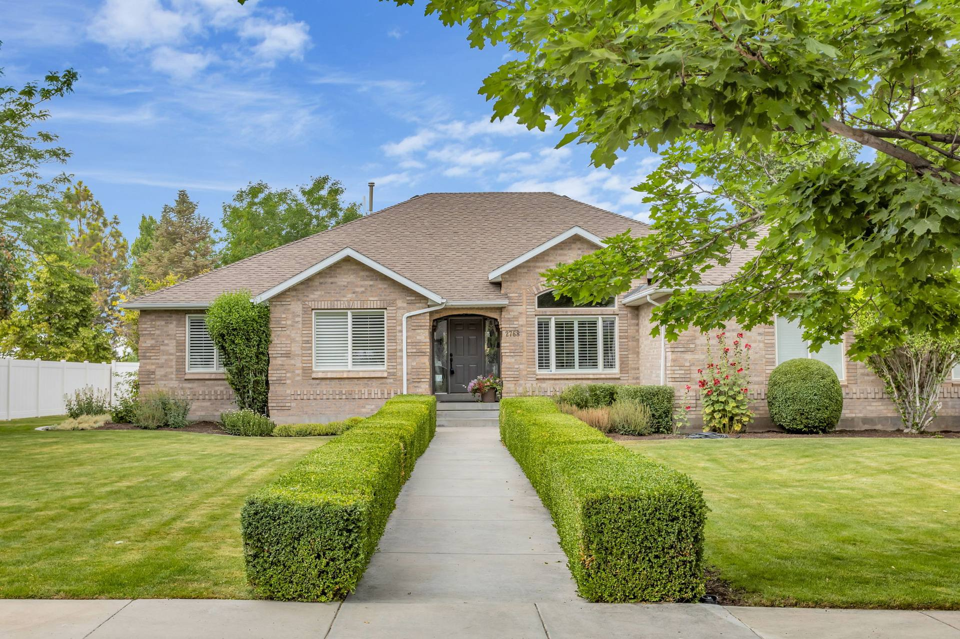 2768 Country Classic Dr, Bluffdale, UT 84065, US