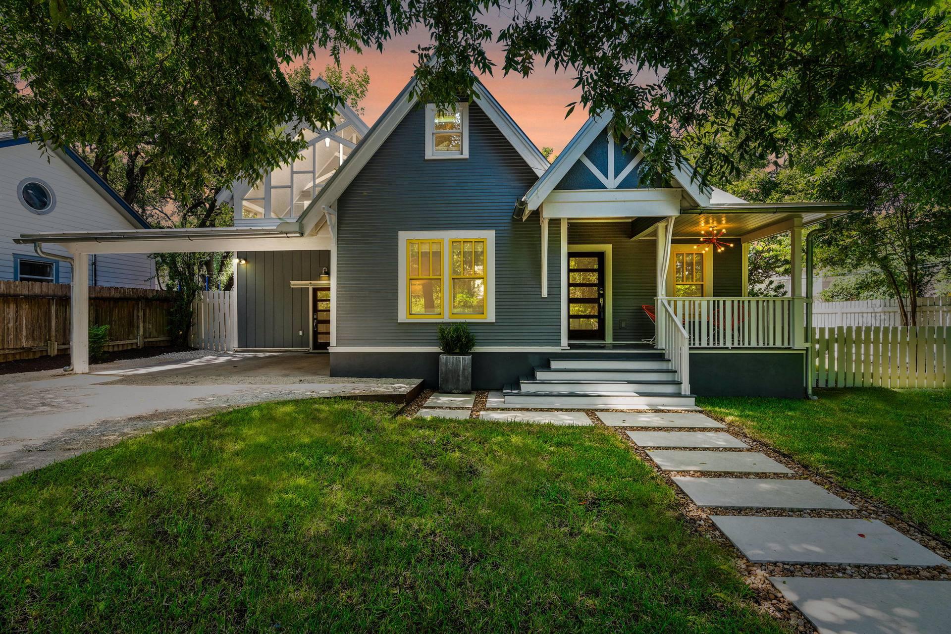 907 Juanita St, Austin, TX 78704, USA
