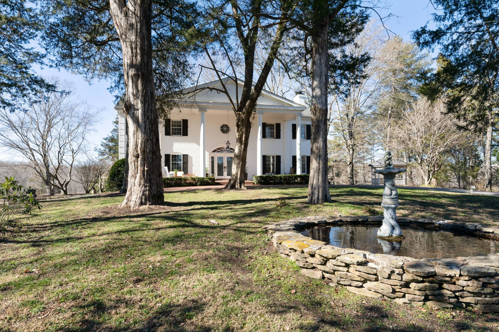 4108 Old Tullahoma Hwy, Manchester, TN 37355, US