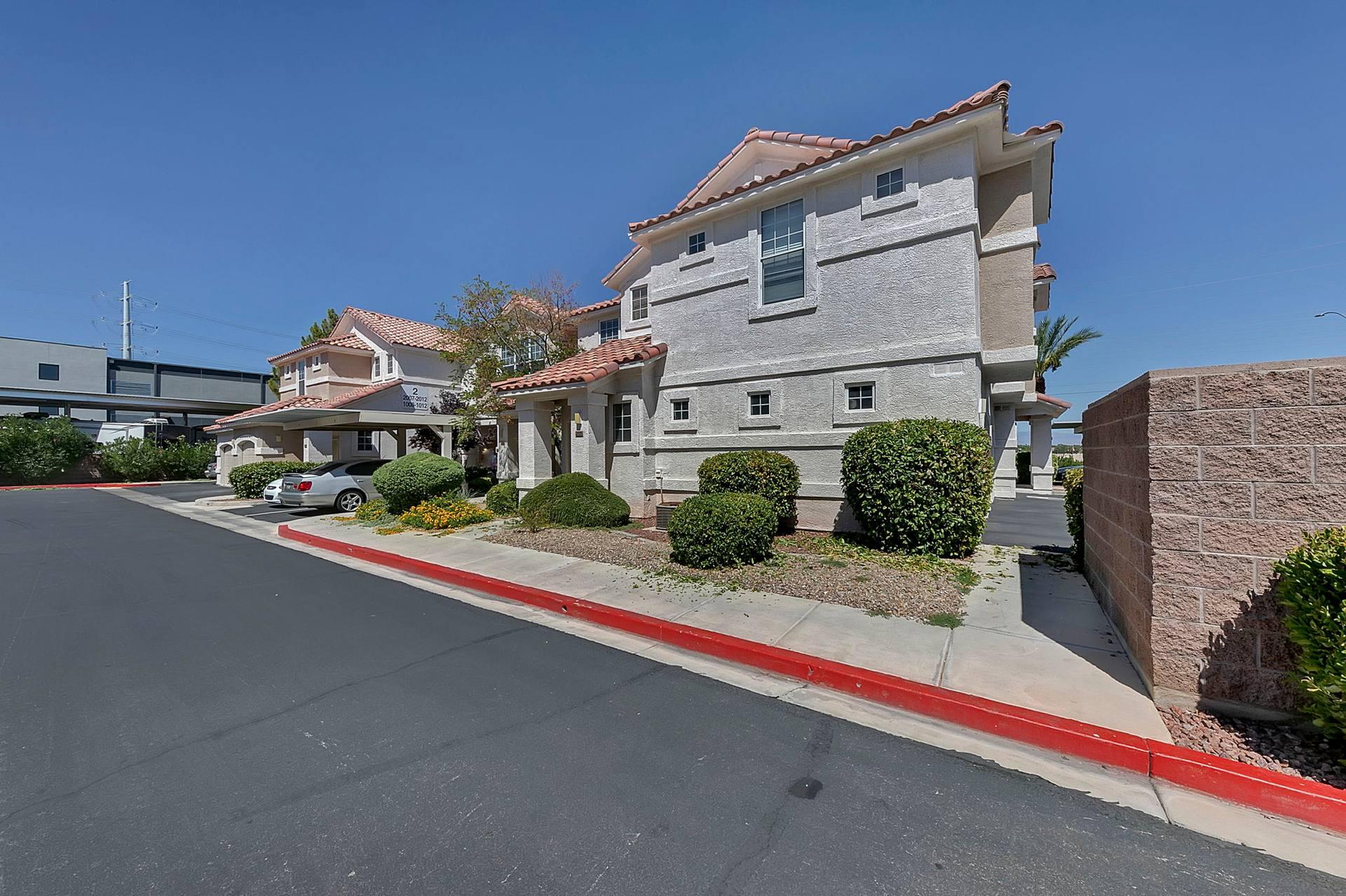 8555 W Russell Rd, Las Vegas, NV 89113, USA