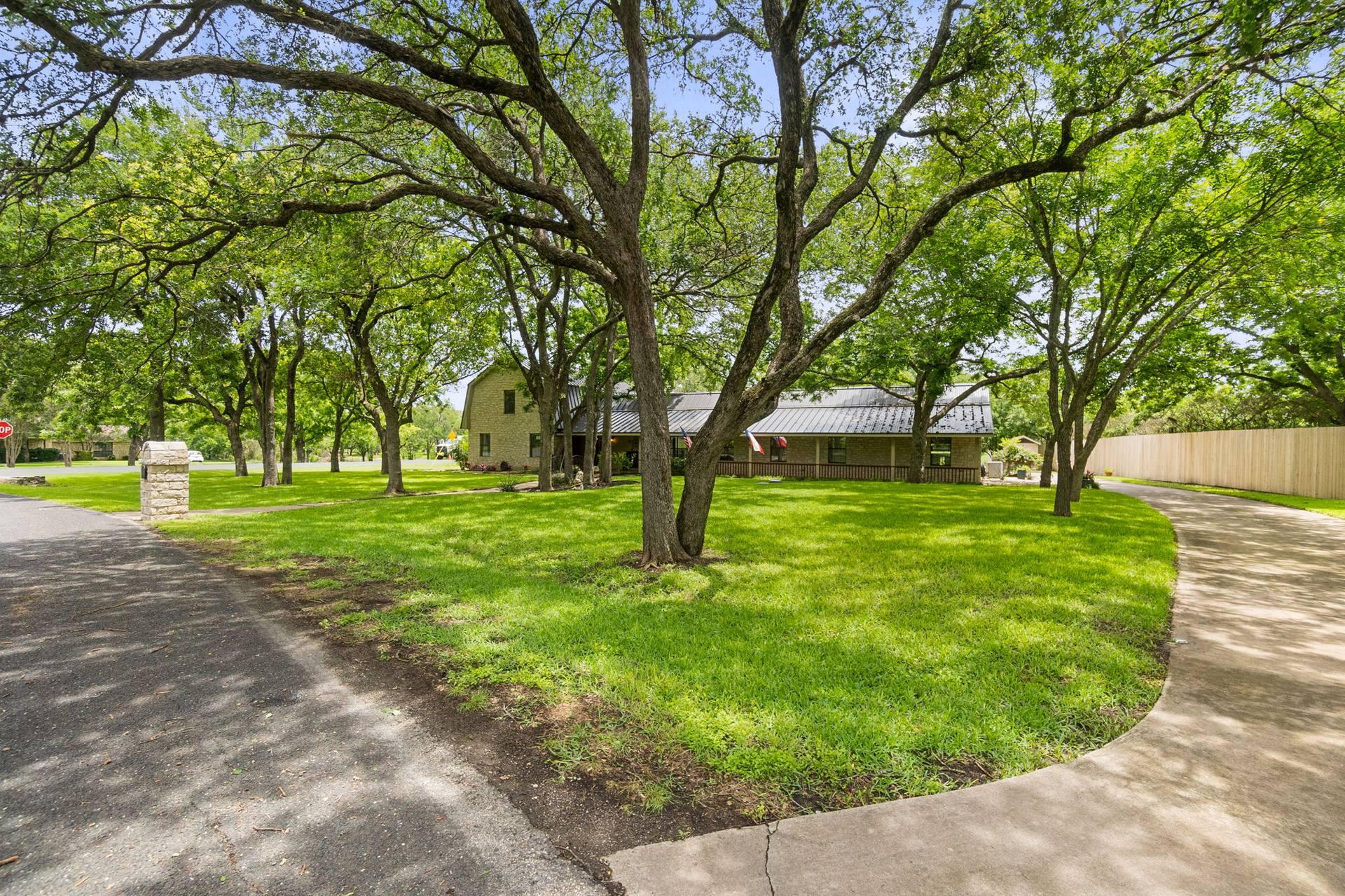 3301 Arrowhead Cir, Round Rock, TX 78681, US