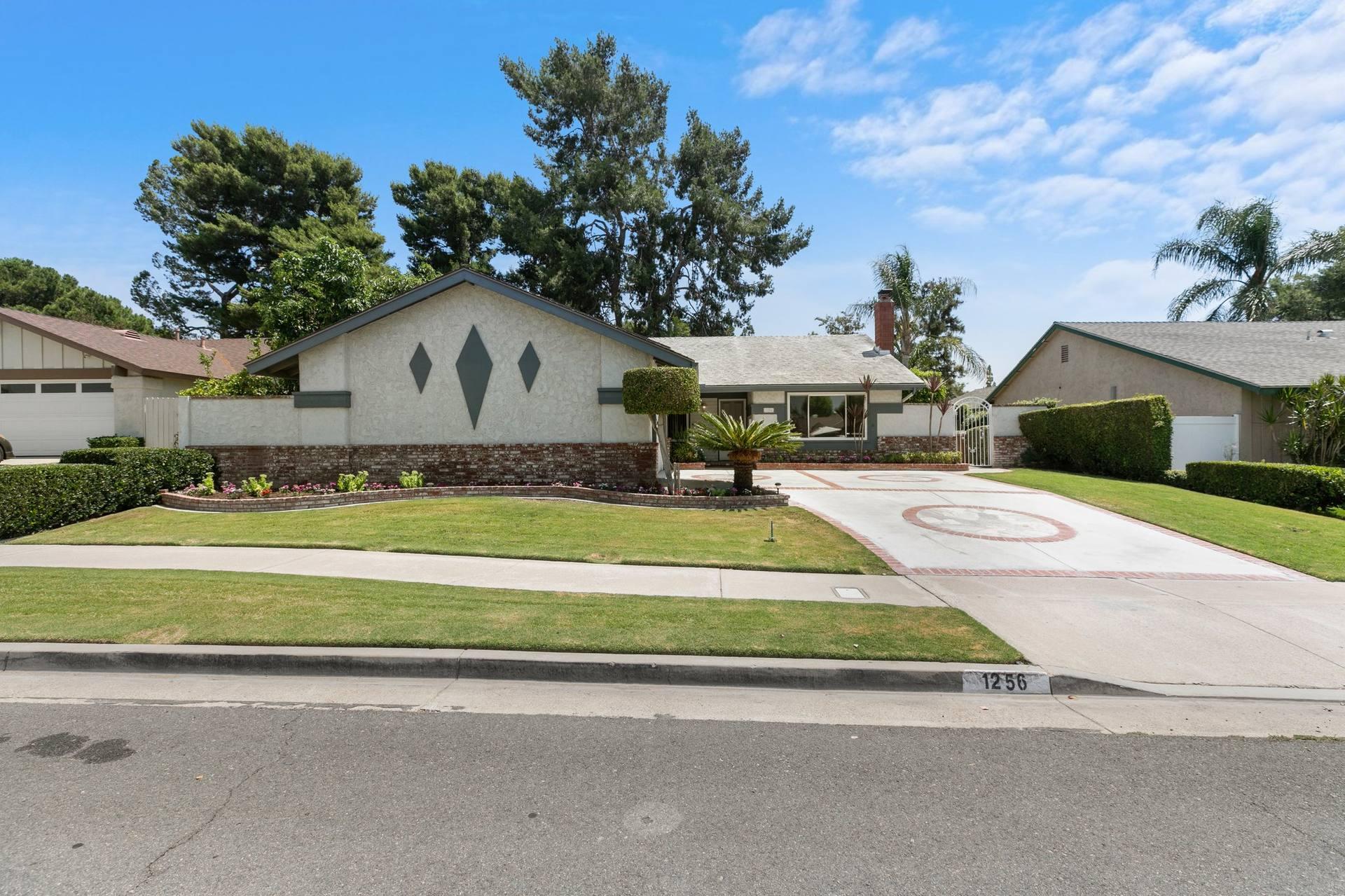 1256 Venice Ave, Placentia, CA 92870, USA