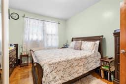1308 Thieriot Ave, Bronx, NY 10472, USA Photo 55