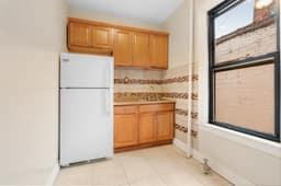 1308 Thieriot Ave, Bronx, NY 10472, USA Photo 61