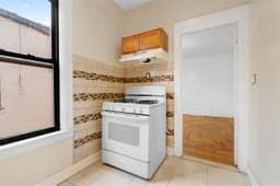 1308 Thieriot Ave, Bronx, NY 10472, USA Photo 62