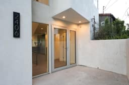 2406 Lyric Ave, Los Angeles, CA 90027, USA Photo 4