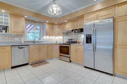 1322 Ridge Rd, North Haven, CT 06473, USA Photo 24