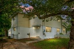 4225 Ardmore Pl, Fairfax, VA 22030, USA Photo 2