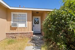 13132 Fairmont Way, Santa Ana, CA 92705, USA Photo 4