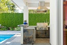 Poolside Outdoor Kitchen