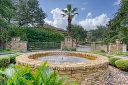 1036 Liberty Park Dr, Austin, TX 78746, USA Photo 49