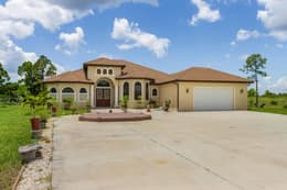 3816 NW 32nd Pl, Cape Coral, FL 33993, USA Photo 3
