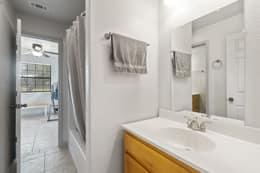 Jack n Jill Secondary Bathroom