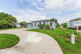 4330 Orange Grove Blvd, North Fort Myers, FL 33903, USA Photo 1