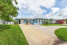 4330 Orange Grove Blvd, North Fort Myers, FL 33903, USA Photo 3