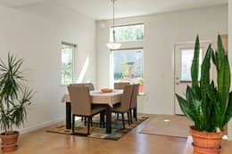 Bright & sunny Dining Area