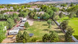 2768 Country Classic Dr, Bluffdale, UT 84065, US Photo 2