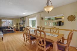 Dinning Area to Living Room
