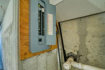 16 Hitching Post Ln, Salem, NH 03079, US Photo 7