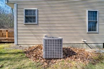 16 Hitching Post Ln, Salem, NH 03079, US Photo 5
