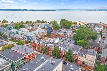 693 E 8th St, Boston, MA 02127, USA Photo 1