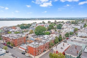 693 E 8th St, Boston, MA 02127, USA Photo 37