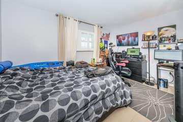 Bedroom2-3